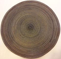 Runt brunt bordsunderlägg med 38 cm i diameter