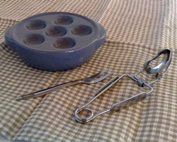 Snigeltallrik  snigelfat, tång och gaffel i samma paket, spara 25 :-